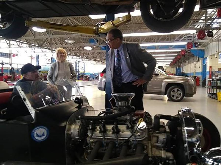 NSB members Anneila Sargent and Victor McCrary tour the NSF-funded Center for Advanced Automotive Technology
