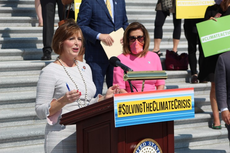 Committee Chair Kathy Castor (D-FL) and Speaker of the HouseNancy Pelosi (D-CA) unveiled the committee report on June 30 at a press conference on the steps of the Capitol.