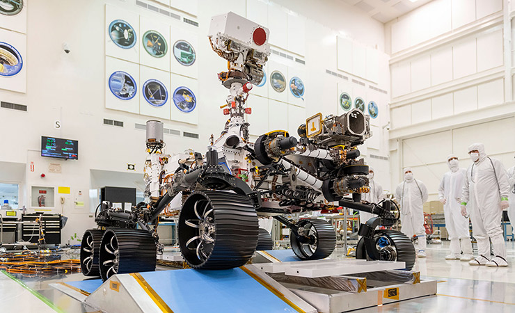 The fully assembled Mars 2020 rover in a clean room at NASA's Jet Propulsion Laboratory.