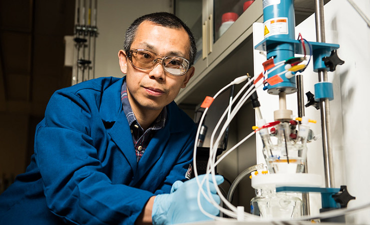 Yuyan Shao, a researcher at Pacific Northwest National Lab, tests a fuel cell catalyzermaterial that doe not employ platinum-group metals.