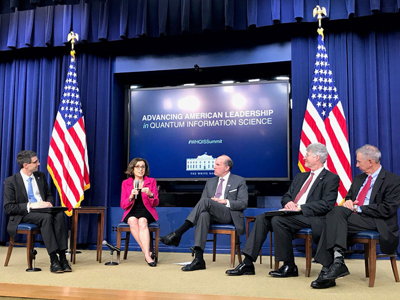 Federal panel at White House summit on quantum information science