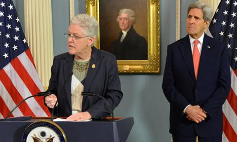 Picture of Then-EPA Administrator Gina McCarthy and Secretary of State John Kerry in 2015