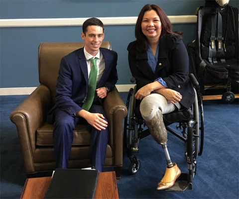 Felipe Gomez del Campo, founder and CEO of FGC Plasma Solutions, Chain Reaction Innovations Entrepreneurship fellow at Argonne National Lab, and student at  Case Western Reserve University, meeting with Senator Tammy Duckworth of Illinois.