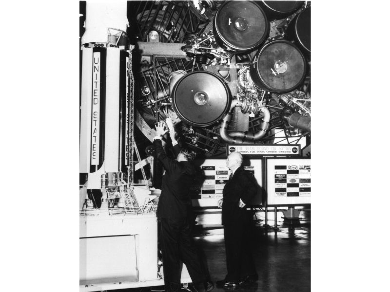 Wernher Von Braun meets with President Dwight D. Eisenhower.