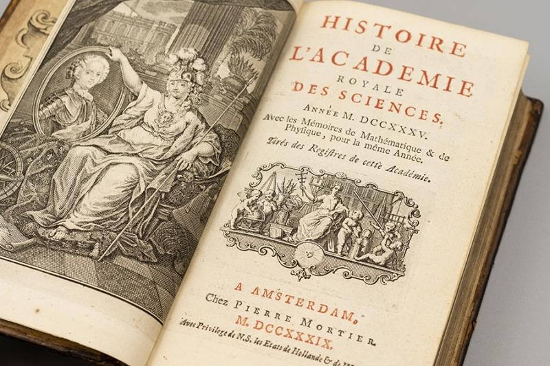 """This 1739 Mémoires de l'Académie Royale des Sciences was selected by Wenner for its articles """"Sur la figure de la terre"""" and """"Sur la nouvelle méthode de M. Cassini pour connaître la figure de la terre"""" by Maupertuis and Clairaut respectively."""