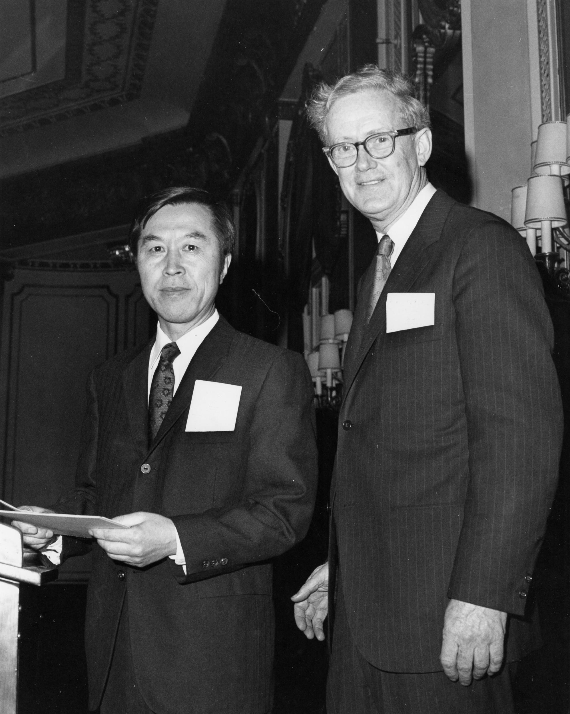 Yoichiro Nambu stands with Edward Purcell after winning the Dannie Heineman Prize