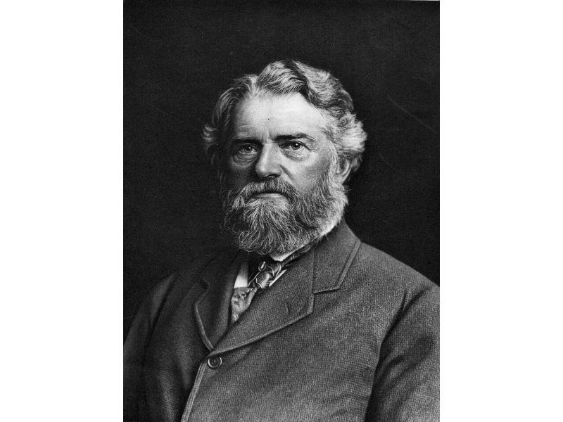 Portrait of Simon Newcombe