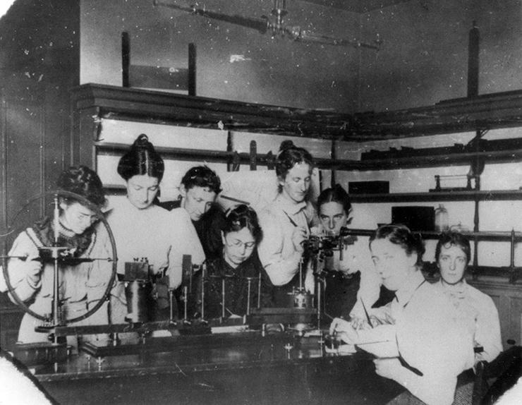 Young women conducting an experiment in the Physics Laboratory, Wellesley College